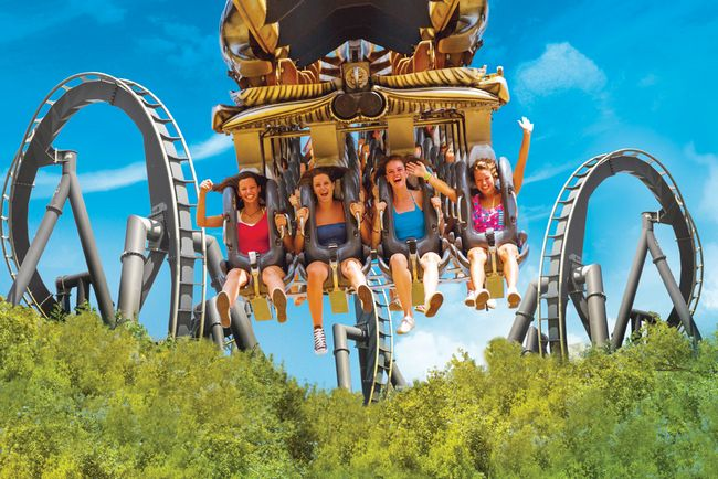 Inverted coaster Katun al Parco divertimenti Mirabilandia