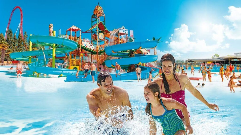 Playground acquatico di MiraBeach con miniscivoli e cannoncini sparacqua